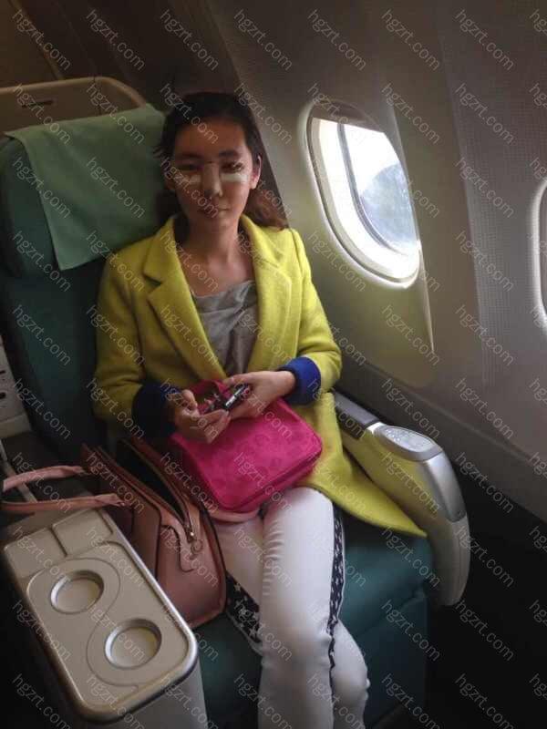 第四天,去济州岛的飞机上