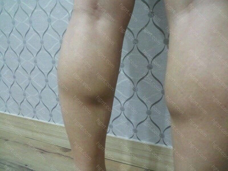 平常通过穿的裤子也能看出我的小腿肌肉是多么的发达的