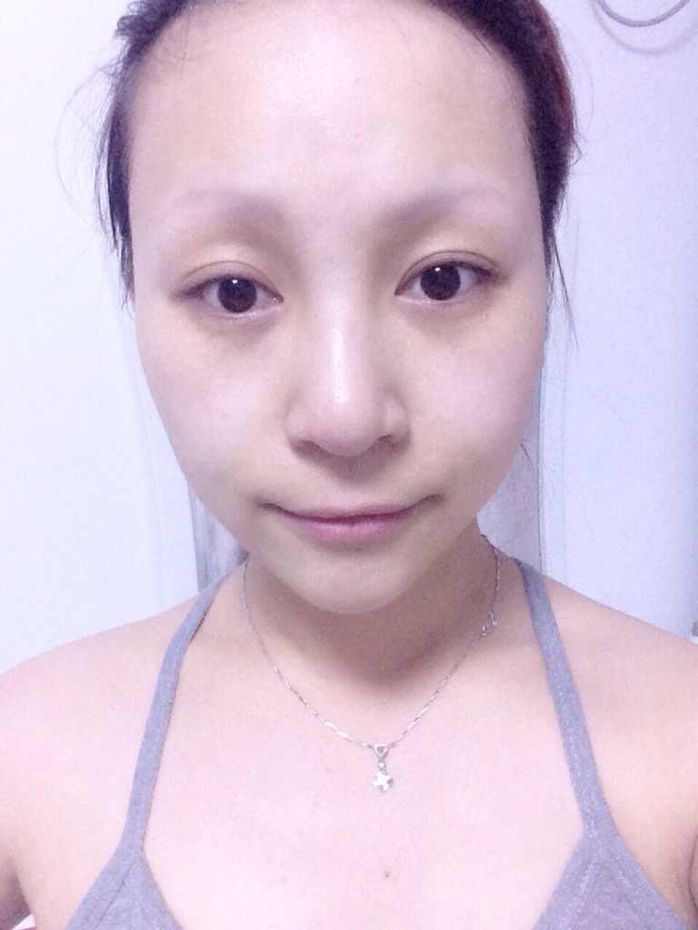 绣眉的危害有哪些,每天画眉毛觉得太浪费时间了,可是又担心这个有危害,不是说都致癌吗?
