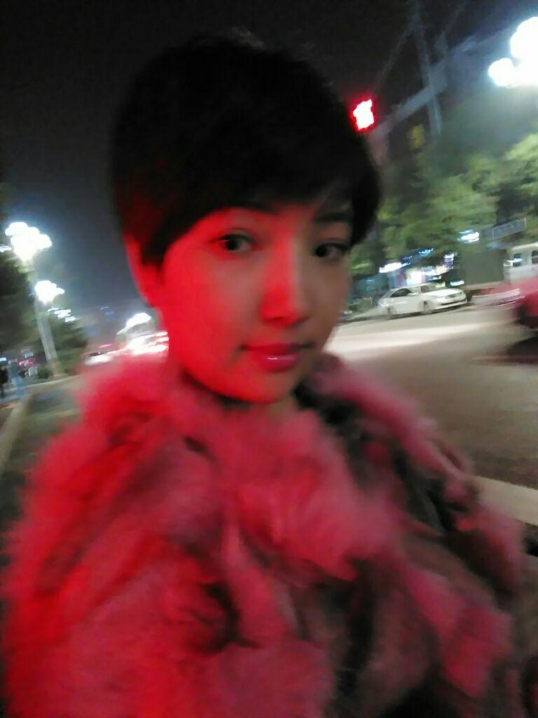 看看我的韩式双眼皮效果怎么样~眼睛2个月了!哈哈人自信多了!