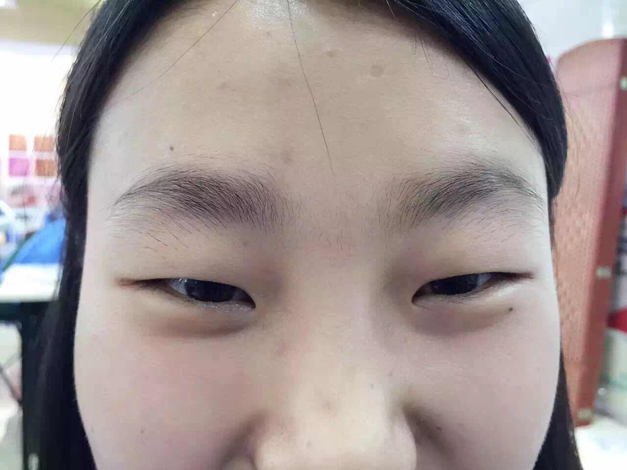 纹眉的原理是什么,这是没做前
