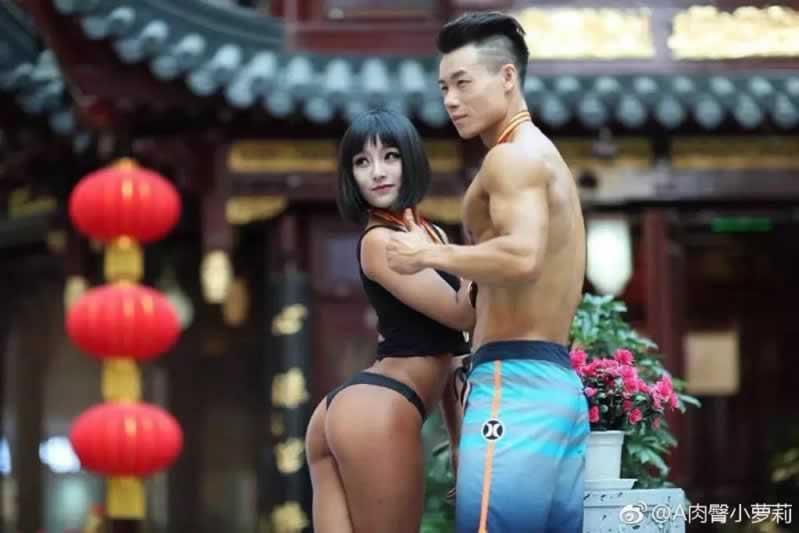 少女夺中国美臀冠军,男人们看了表示难以自持