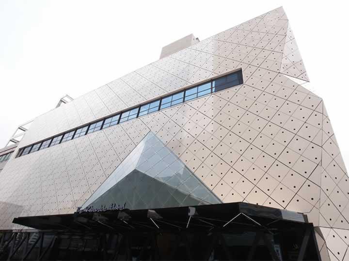 想知道来首尔原辰整形医院整形住哪个酒店最舒适方便?