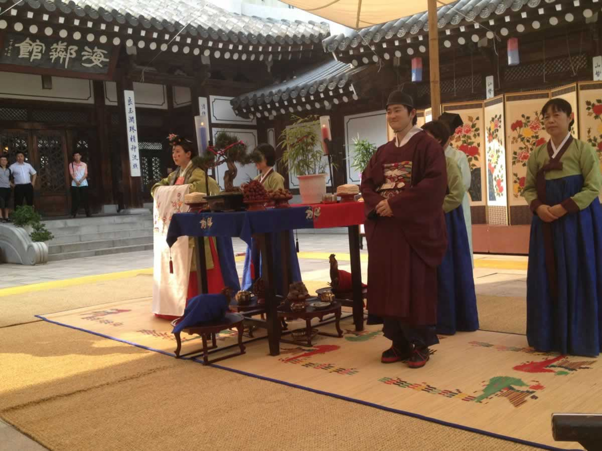 整形术后恢复闲暇之余必须要来体验一下韩国民俗,韩国之家。