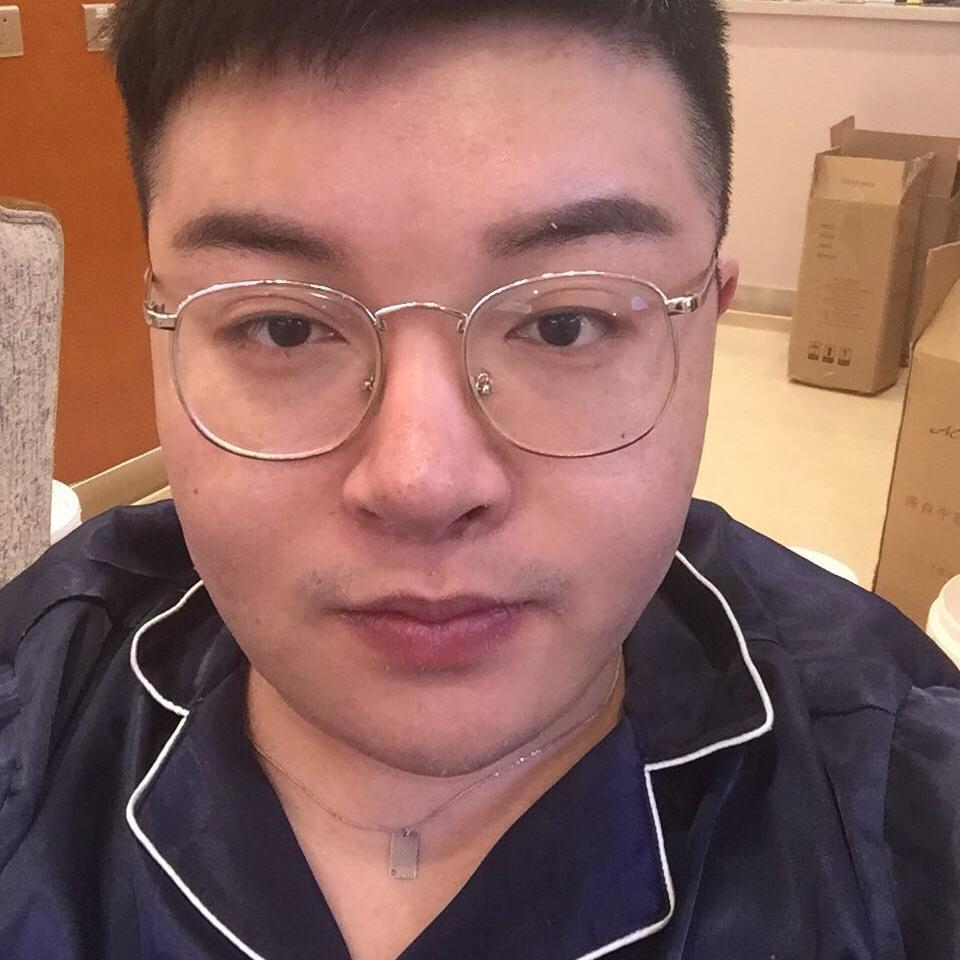 对比了好多家医院后觉得北京玲珑梵宫口碑好价格优惠  所以决定在玲珑梵宫做了面部吸脂