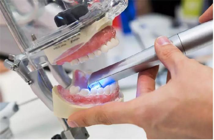 烤瓷牙与全瓷牙有何区别?