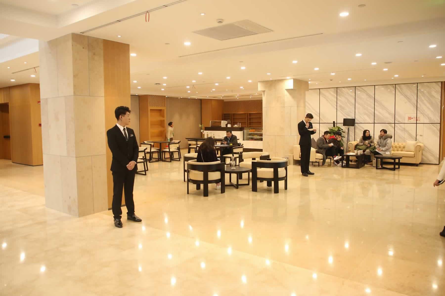 杭州薇琳医疗美容医院是公立医院吗?