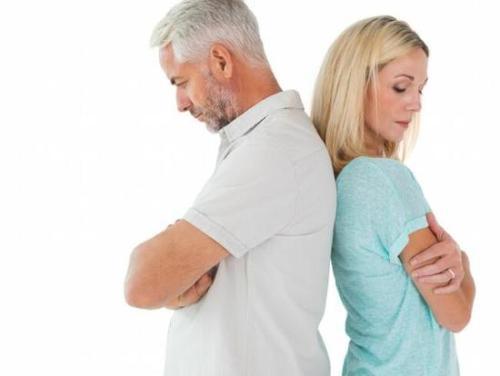 引起前列腺炎的原因有哪些?跟尿液刺激有关吗?
