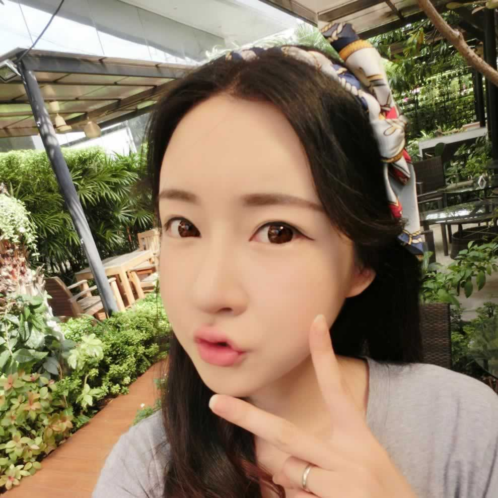 我在韩国爱我做完瓜子脸手术之后,整个人都自信心爆棚。