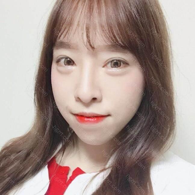 后来听之前去韩国咨询的时候认识的一个女孩说她去这家咨询了感觉挺不错的