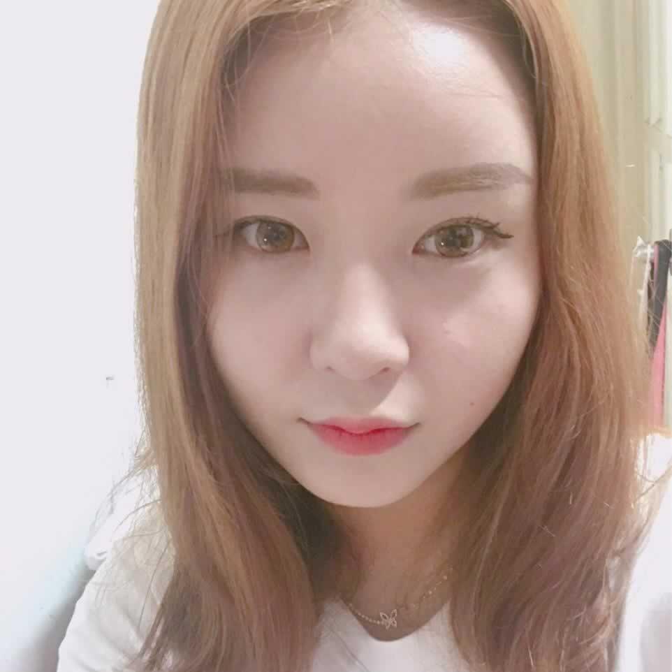 韩国鼻综合手术确实要比国内成熟很多,爱美是每个女人的本能大胆的追求吧