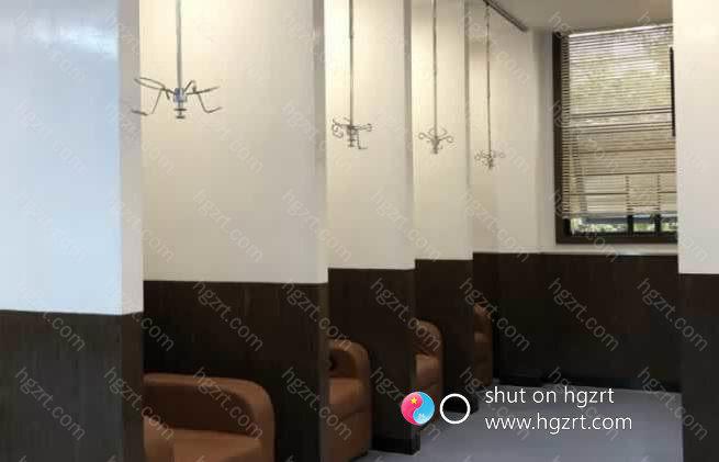 黄意辉院长对奢梵的特色做了详细的介绍,在南宁奢梵鼻整形专科的开业典礼上,要与世界进行接轨,突破壁垒。