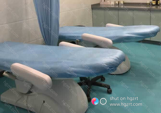 南宁奢梵鼻整形专科作为广西头家鼻子塑造专业机构,有信心为广西市场提供更专业、更高质量的医疗容服务,细致、耐心、是他们的服务宗旨。