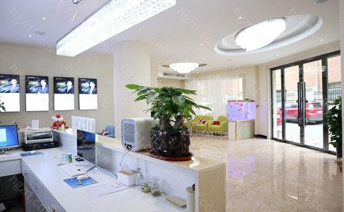 萍乡市星悦美容医疗是当地整形医生主力阵容最强劲的组织,荟聚中国一大批一线整形医生和新的的医疗美容技术性,自然环境雅致空气,布局明晰,设备完备,服务项目激情,为消费者出示高品质靠谱的变美服务项目