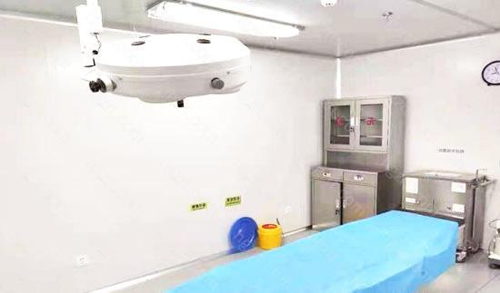 为保证顾客的手术安全和术后效果,石家庄面容管家整形设立了标准层流手术室、同时还有贴心的医护人员全程陪护术前术后的修复体系。