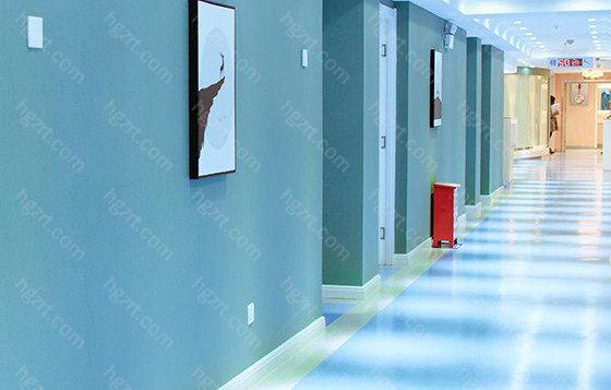 云南华美美莱美容医院的实力可见,顾客说做的不仅自然恢复的还好,医师的技术也十分高超,专业的使就该找专业的人。