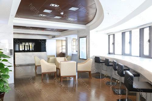 6、新疆整形美容医院是经过自治区卫生部门审批成立的正规整形美容医院