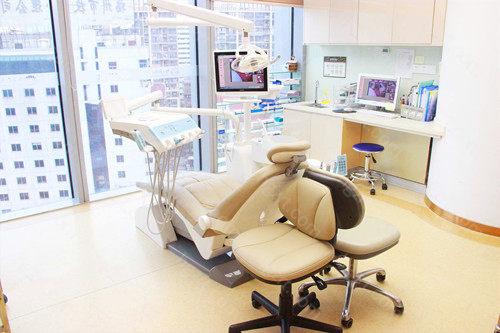 开始了美学矫正、牙齿种植、口腔治疗、美学修复四大诊疗中心