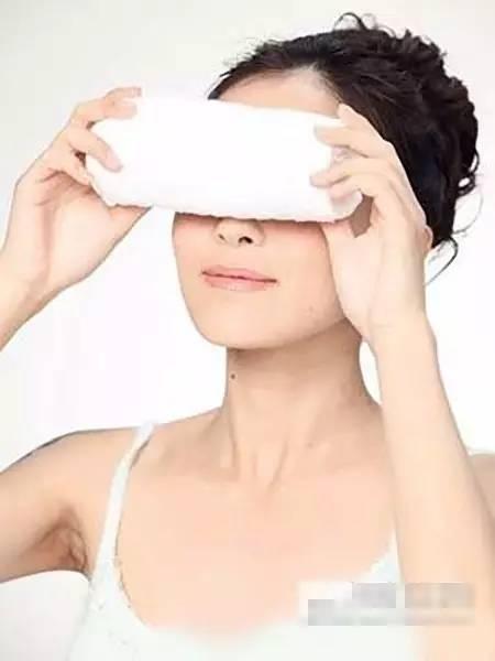 双眼皮手术后如何快速消肿呢?