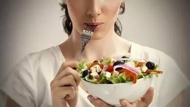 做完整容手术能吃辛辣食物吗?