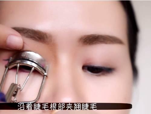 双眼皮手术价格贵不贵?