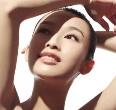"""女神的标配——""""水微光""""技术发布,还原你的娇嫩美肌"""