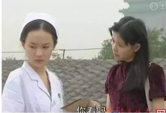 李小璐大饼脸、杨颖的牙还没修,迪丽热巴黑到不行!你还记得女神们first部剧的模样吗?