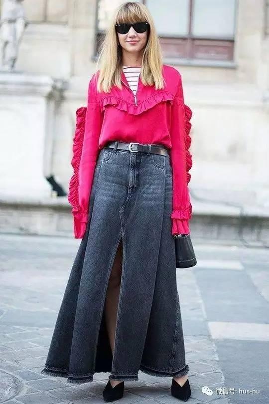 你还认为夏天的牛仔裙越短越好吗?牛仔长裙才是今季的潮流趋势!