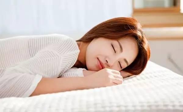 呼吸睡眠法 1分钟立马睡着的方法,告别失眠!