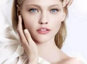 面部吸脂和瘦脸针哪个效果更好?