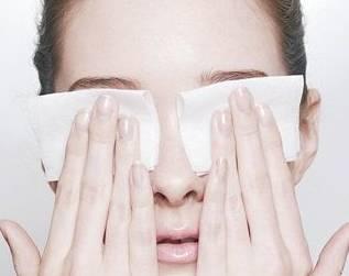 做完双眼皮后该怎么护理呢?